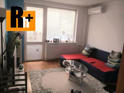 Na predaj 3 izbový byt Trnava generála Goliana - s balkónom