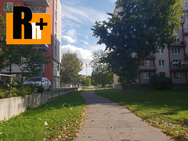 Foto Na predaj 1 izbový byt Bratislava-Ružinov Tomášikova - TOP ponuka