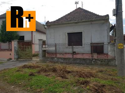 Rodinný dom na predaj Kolárovo v centre mesta -