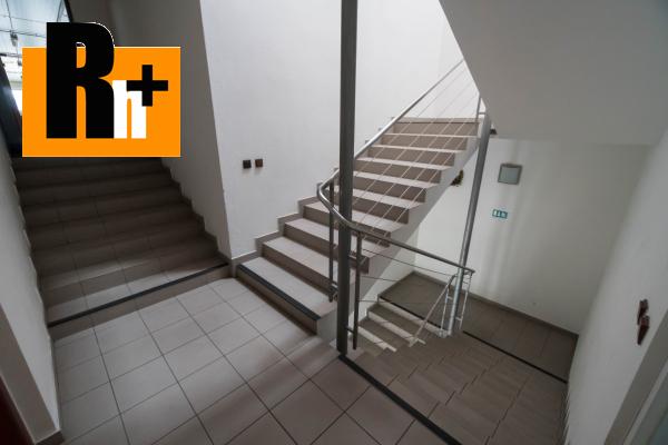 27. obrázok Na predaj Bytča 1567m2 administratívna budova