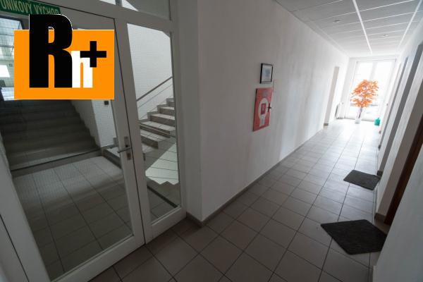 29. obrázok Na predaj Bytča 1567m2 administratívna budova