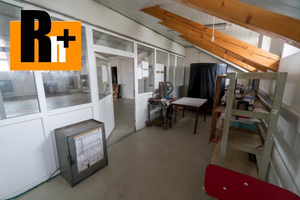 38. obrázok Na predaj Bytča 1567m2 administratívna budova
