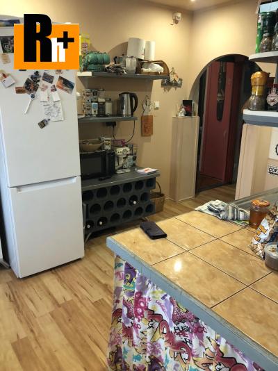 3 izbový byt Komárno na predaj - čiastočne prerobený