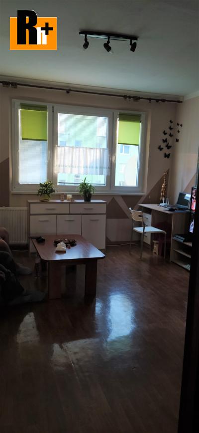 3 izbový byt na predaj Martin Záturčie - s balkónom