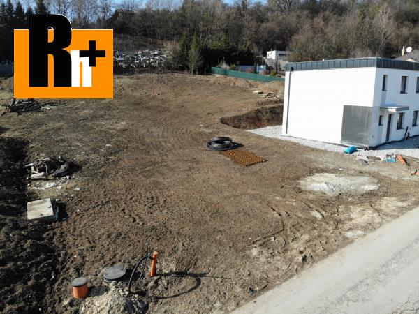 Foto Na predaj Žilina Závodie 744m2 pozemok pre bývanie - rezervované