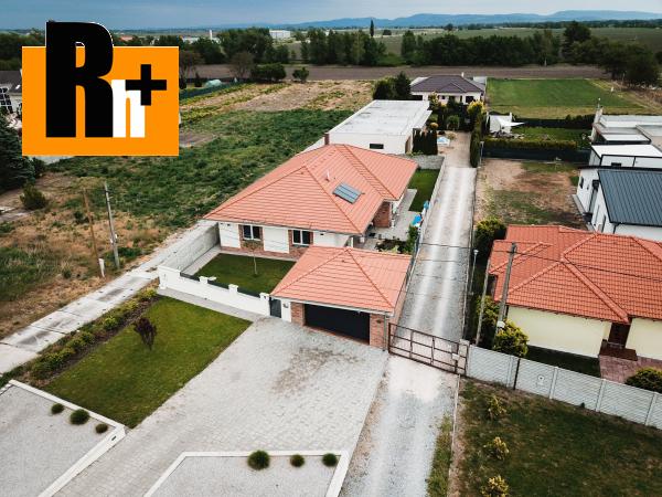 Foto Komárno krásna novostavba na predaj rodinný dom