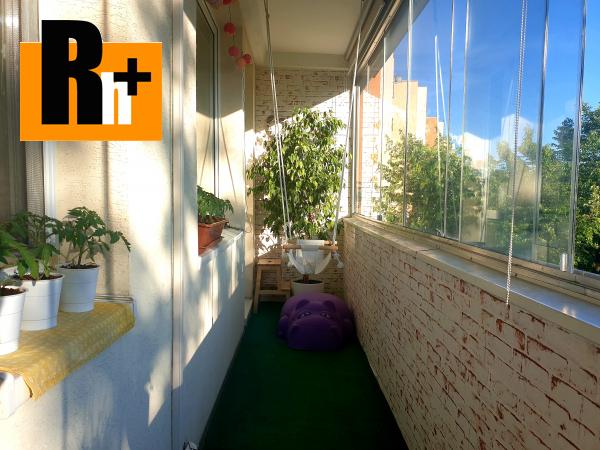 Foto Na predaj 4 izbový byt Bratislava-Dúbravka Bazovského - exkluzívne v Rh+