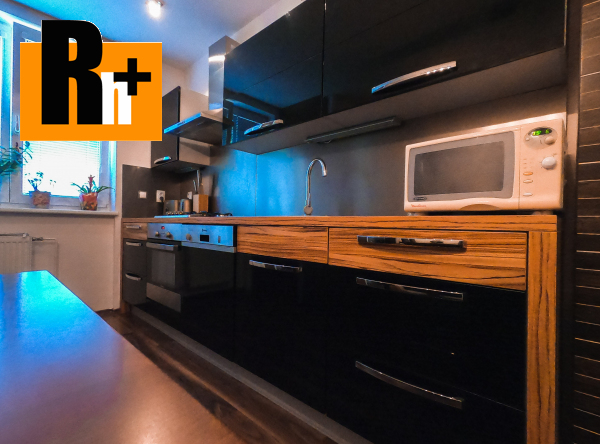 Foto Na predaj Komárno tehlový 3 izbový byt - rezervované