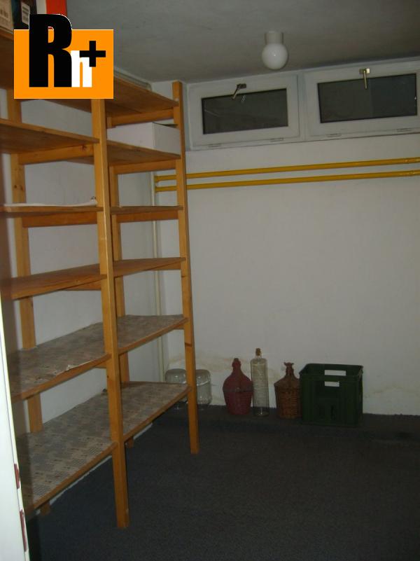 13. obrázok Bratislava-Devín Kremeľská rodinný dom na predaj - s garážou
