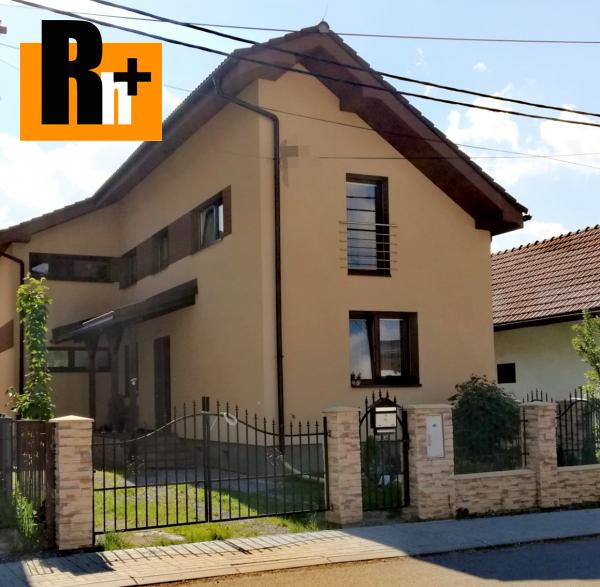 Foto Na predaj rodinný dom Radoľa centrum obce - TOP ponuka