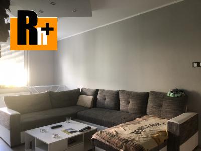 Na predaj Komárno krásny, zariadený 3 izbový byt -