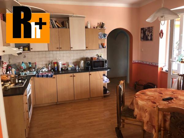 4. obrázok Na predaj Iža s veľkým pozemkom rodinný dom