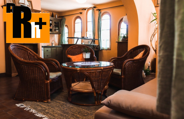 Foto Na predaj 2 izbový byt Komárno s polyfunkčnými priestormi -