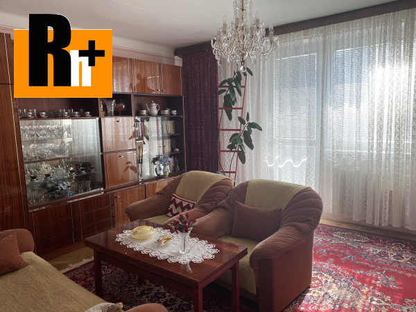 Foto 3 izbový byt na predaj Komárno v centre mesta -