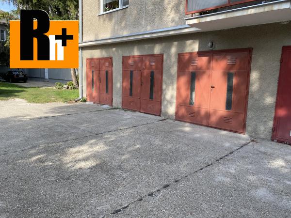 9. obrázok 3 izbový byt na predaj Komárno v centre mesta -