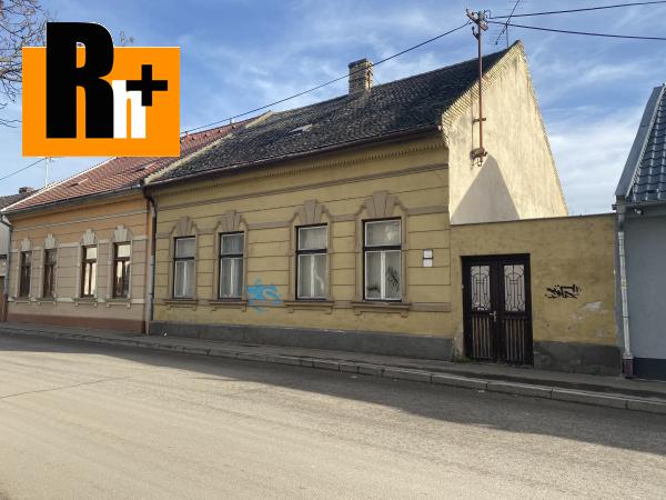 Foto Rodinný dom Komárno ***Novinka*** v širšom centre na predaj
