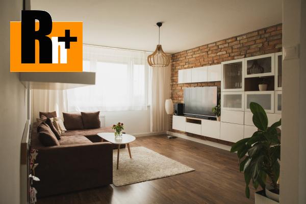 Foto Komárno zariadený 3 izbový byt na predaj - rezervované
