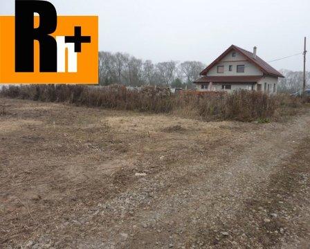 Foto Na predaj Bešeňová intravilán pozemok pre bývanie - 789m2