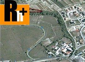 Hlohovec Pánska Niva na predaj pozemok pre bývanie - exkluzívne v Rh+