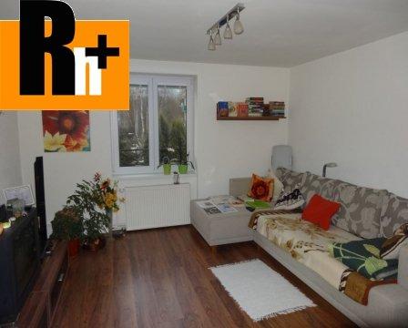 Foto Na predaj Liptovský Hrádok Fraňa Kráľa 2 izbový byt - zrekonštruovaný