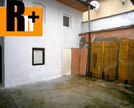 21. obrázok Hlohovec Námestie sv. Michala rodinný dom na predaj - TOP ponuka