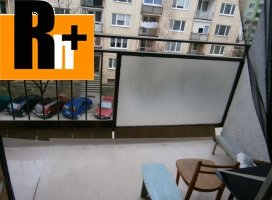Na predaj Dunajská Streda Nám.Priateľstva 3 izbový byt - čiastočne prerobený