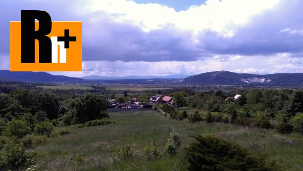 Foto Na predaj poľnohospodárke objekty Čereňany Ranč s veľkým pozemkom - 12000m2