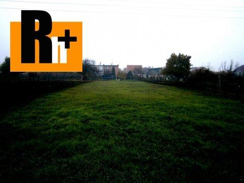 Foto Hlohovec Hlavná pozemok pre bývanie na predaj - ihneď k dispozícii